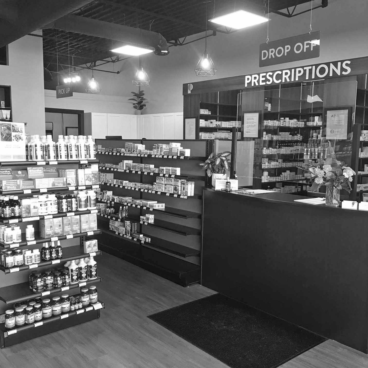 progressive-health-pharmacy-inside-bw